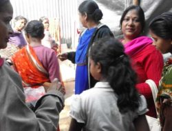 VISIT-TO-LEPROSY-ASHRAM-(DISTRIBUTED-CAKES-AND-SWEETS)